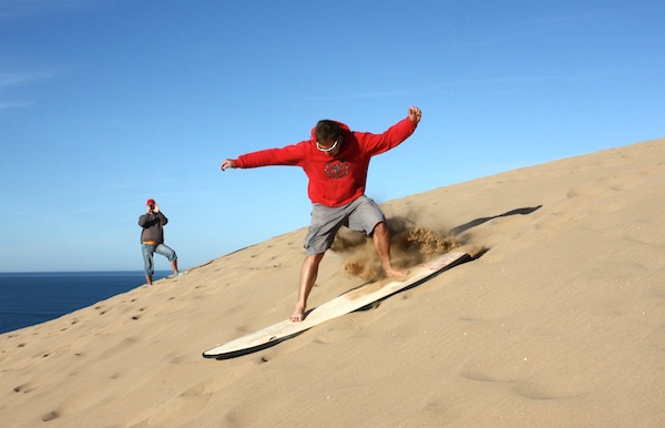 sand-surfing